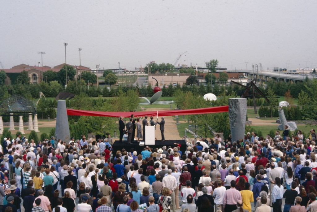 Martin Friedman and David Fisher performing the ribbon cutting, Minneapolis Sculpture Garden Opening, 10 September 1988