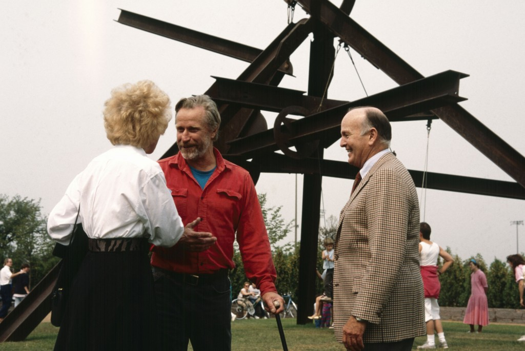 Mark di Suvero with the Daytons and Arikidea, Minneapolis Sculpture Garden Opening, 10 September 1988