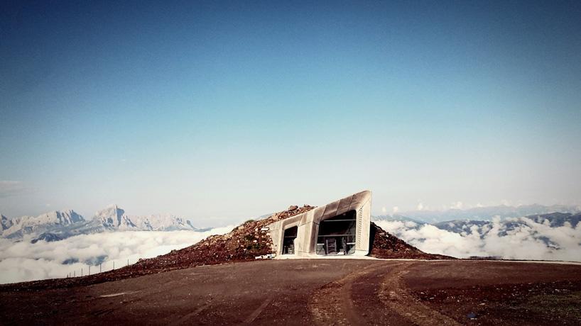 zaha-hadid-reinhold-messner-mountain-museum-mmm-corones-kronplatz-alps-mountaintop-designboom-06