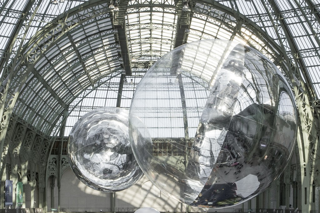 Tomás Saraceno, Aerocene 10.4 & 15.3 During UN COP21 Climate Summit, installation view at Grand Palais, Paris, 2015, www.aerocene.com Courtesy the artist; Tanya Bonakdar Gallery, New York; Andersen's Contemporary, Copenhagen; Pinksummer contemporary art, Genoa; Esther Schipper, Berlin. © Tomás Saraceno, 2015