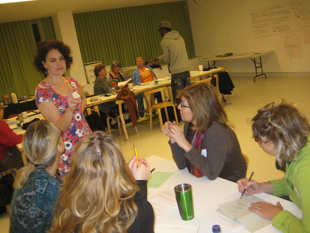 Becca Barniskis, at left, teaching at the Walker Art Center. Photo courtesy of the author.