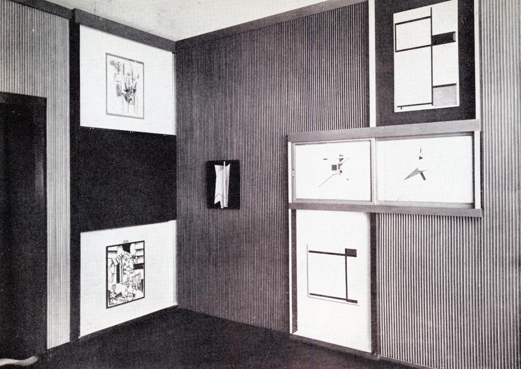 el-lissitzky-1927-8-abstract-cabinet-landesmuseum-hannover-dorner-239