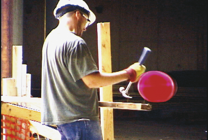 frame_up_beckman_RED Hammer ball_PP