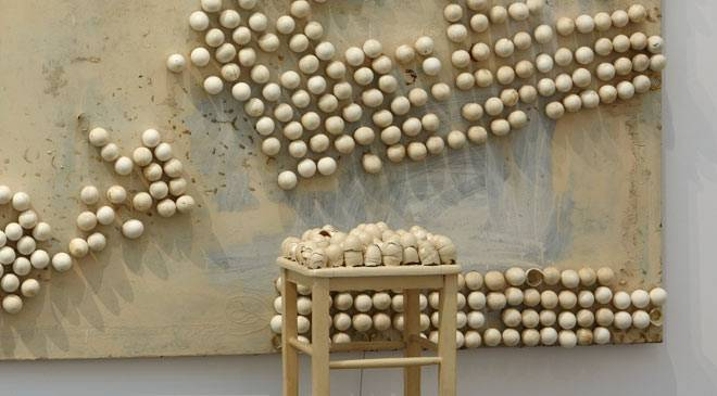 Marcel Broodthaers, Panel with Eggs and Stool, 1966