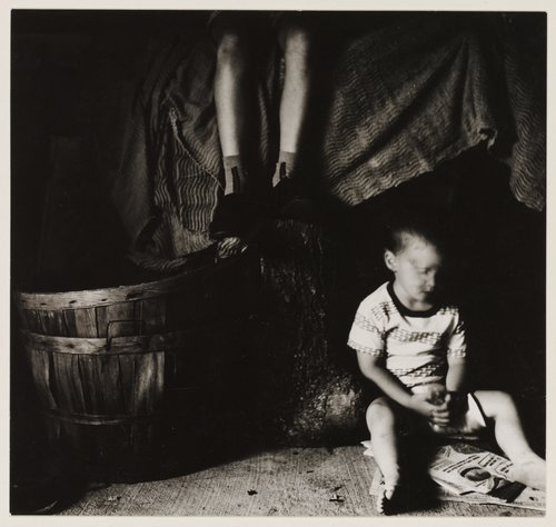 Ralph Eugene Meatyard, untitled photograph. Gelatin silver print, 1958. Courtesy of the Walker Art Center