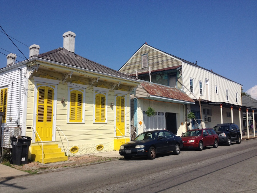 new_orleans_yellow_900