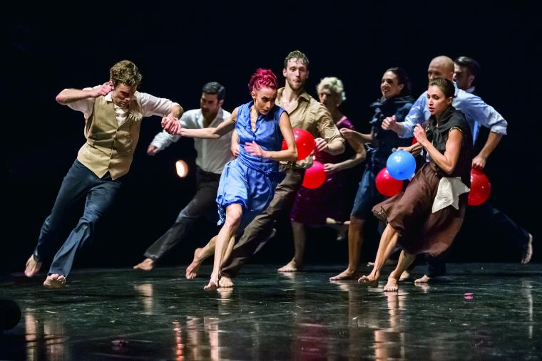 Les Ballets Jazz de Montreal. Photo: Gregory Batardon