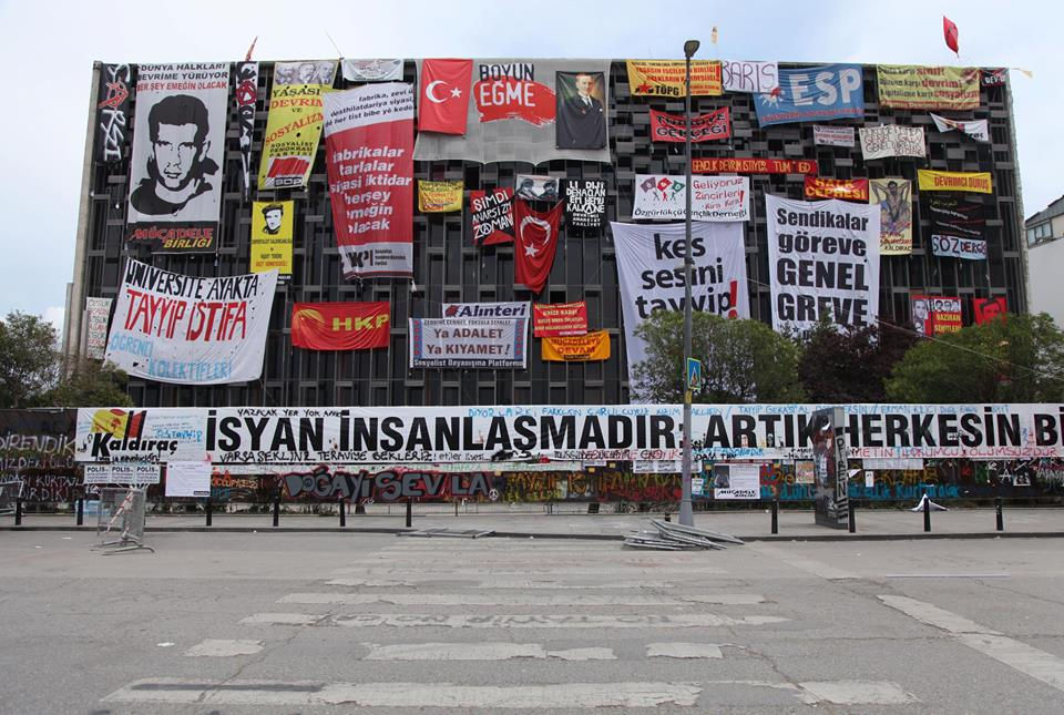 Facade of Atatürk Cultural Center covered by protestors. Photo: Ali Kazma