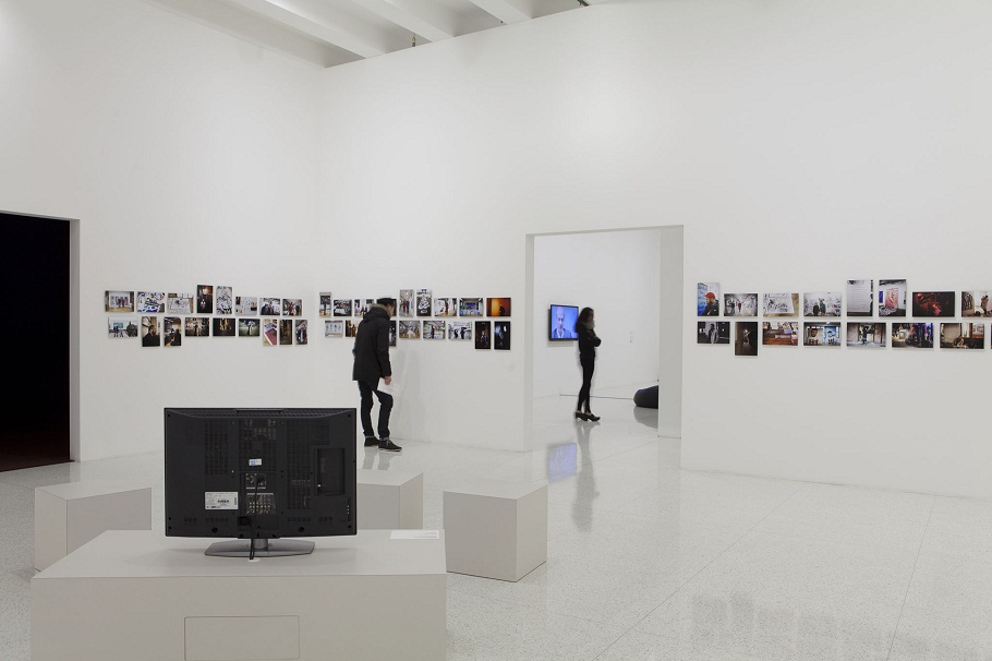 Exhibition view of Bjarne Melgaard's The awakening and consumption of Heidi Fleiss as she talks to a brioche named Austin, 2013, archival pigment prints on aluminum 8 1/ 2 × 12 3/4 in. (21.6 × 32.4 cm) each of 212, Photography by Johannes Worsøe Berg