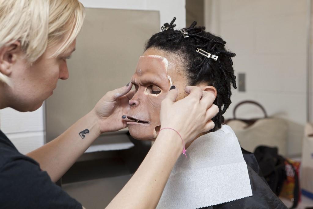 pa2014rp_Dr.Zira-makeup_011