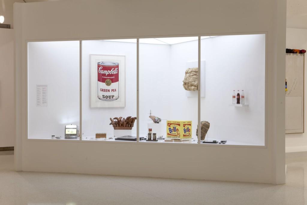 International Pop exhibition view. © the Walker Art Center