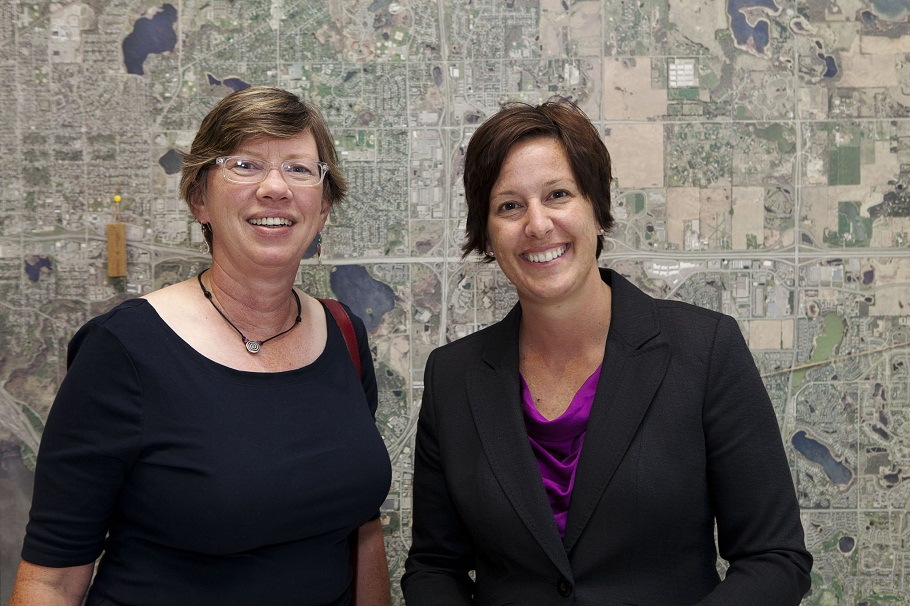 Jane Shey (left), Coordinating Consultant to Homegrown Minneapolis Sustainability and Ginger Cannon, Outreach and Research Planner Minneapolis Park and Recreation Board